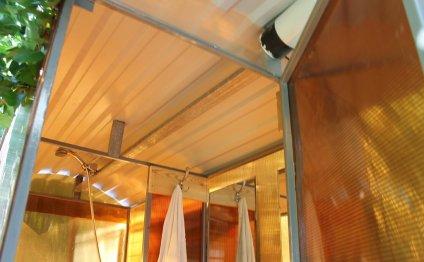 Построить душ на даче своими